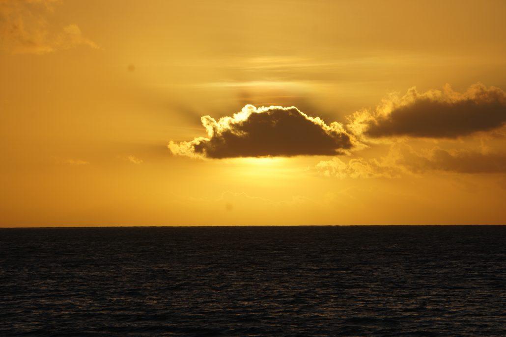 Kan inte låta bli att lägga ut en av alla solnedgångar. Fin va!