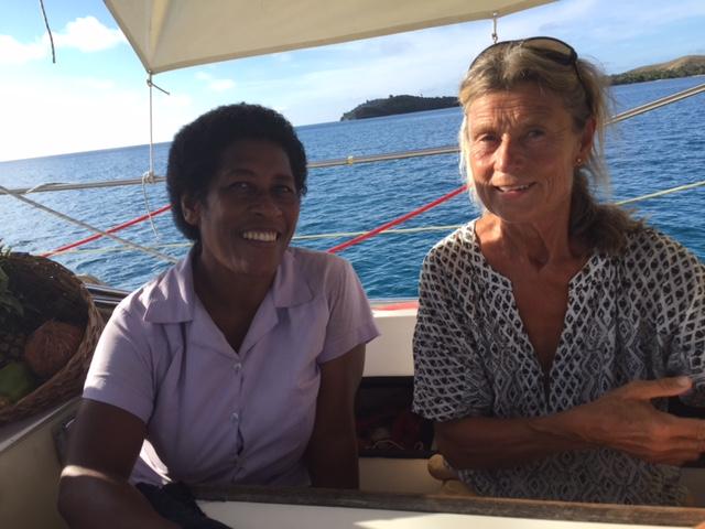Maria och Ratus fru Wennie ombord på Nerthus