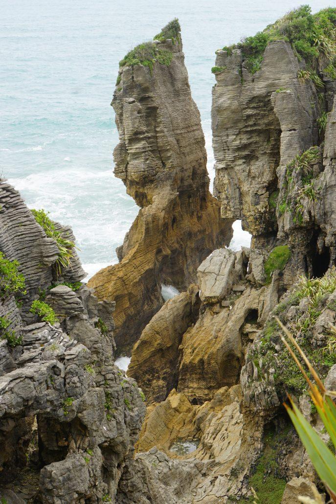 Häftiga formationer utmed västkusten.