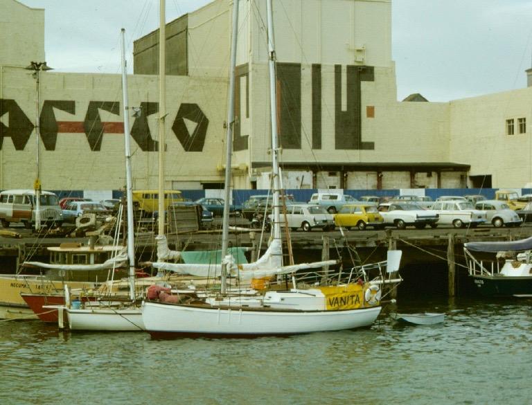 Innan vi sålde Vanita låg vi i hamnområden nere vid Sea Front i Auckland. I dag ett modernt restaurang och shoppingområde.